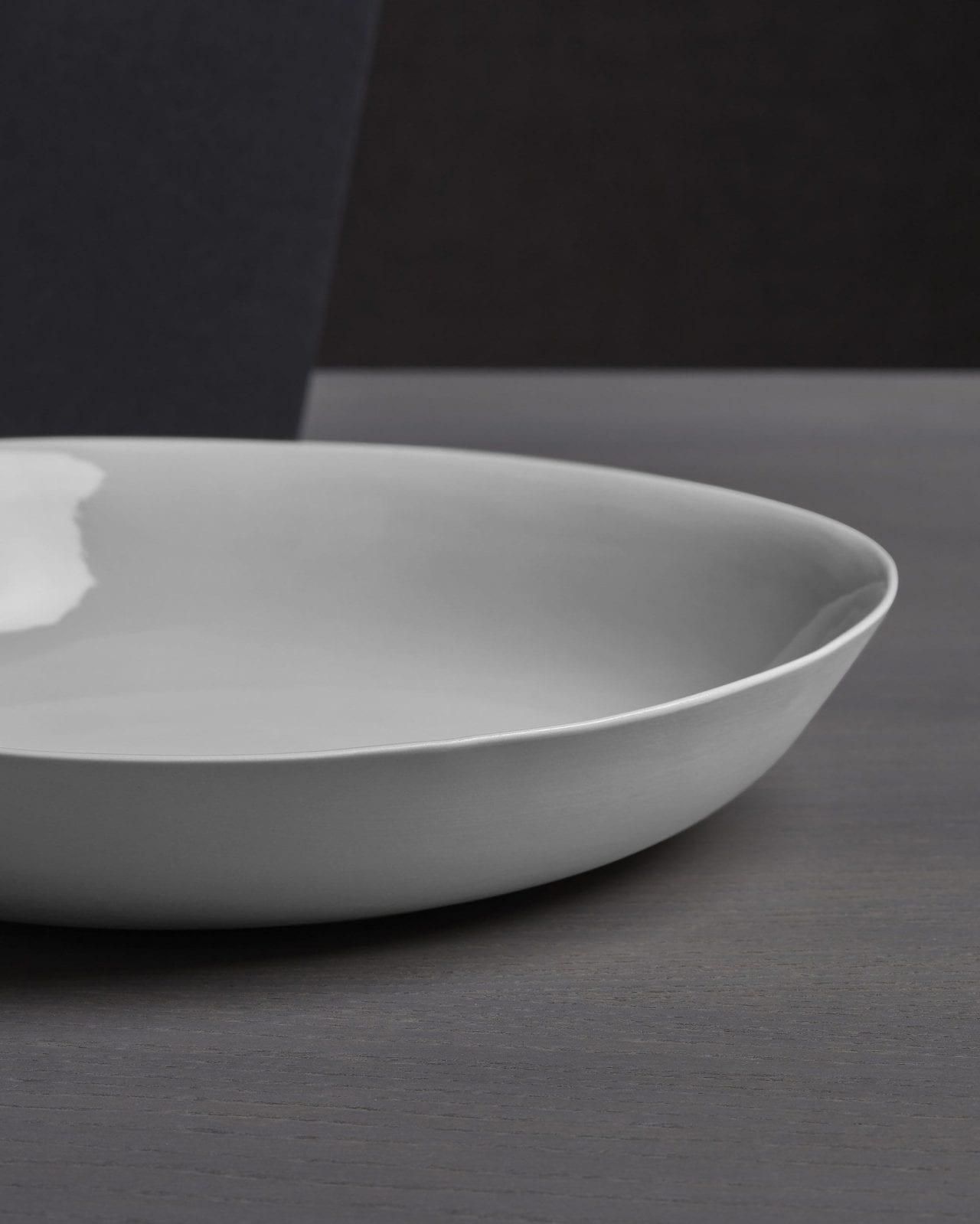 Society Limonta — Onda Flat Bottom Dish — Bianco